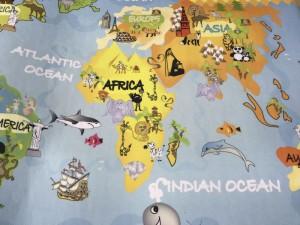 Покрытие для детской комнаты - карта мира для путешествий