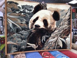 Ковер и изображением панды